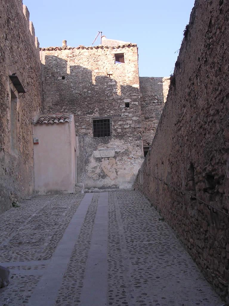 Marineo Castello ingresso 2